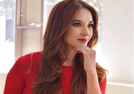 Paola Virrueta – Una boliviana con mucha actitud.
